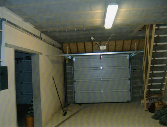 Isoler un plafond de garage par le bas for Isoler un garage plafond