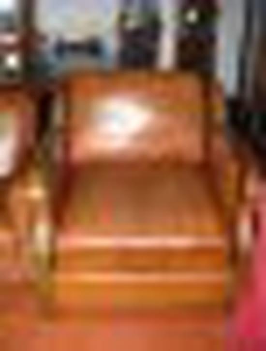 Comment reteindre un fauteuil en cuir for Comment teindre un canape en cuir