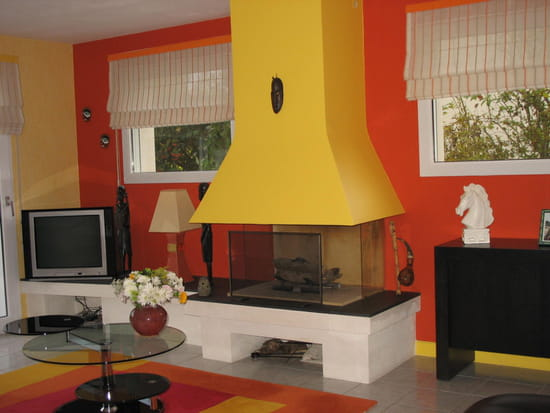 de quelle couleur doivent tre les rideaux dans une pi ce orange r solu. Black Bedroom Furniture Sets. Home Design Ideas