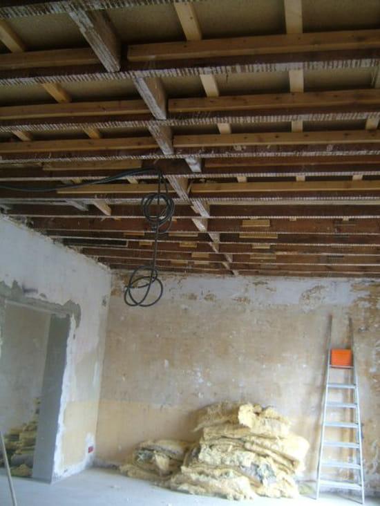 poser un plafond en ba13 28 images le plafond. Black Bedroom Furniture Sets. Home Design Ideas