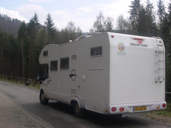 ou trouver un bon camping car r solu le club des camping caristes. Black Bedroom Furniture Sets. Home Design Ideas