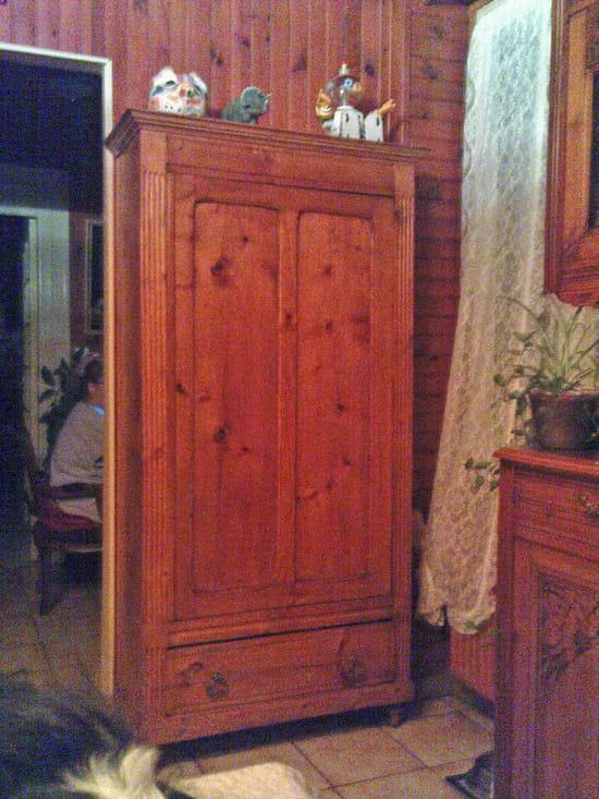 Comment r nover un vieux meuble gr ce l a rogommage - Ceruser un meuble en pin ...