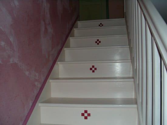 J 39 ai un escalier b ton et je cherche un moyen facile pour for Peinture pour escaliers