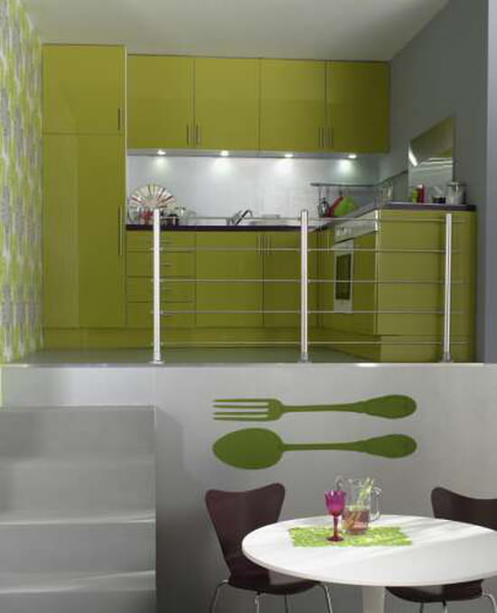 quelle couleur de mur pour ma cuisine vert anis avec plan. Black Bedroom Furniture Sets. Home Design Ideas