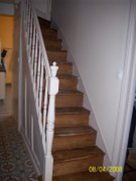 je voudrais retirer de la moquette coll e la glue sur un escalier comment r solu. Black Bedroom Furniture Sets. Home Design Ideas