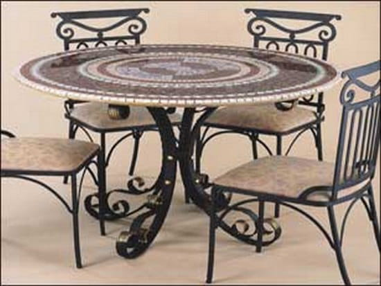 table fer forg mosaique decoration de jardin en fer forg. Black Bedroom Furniture Sets. Home Design Ideas