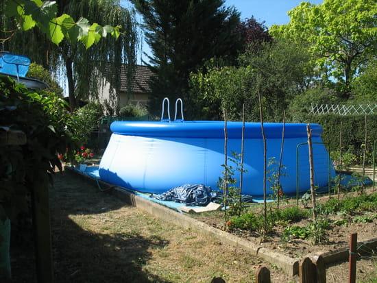 piscine hors sol r solu. Black Bedroom Furniture Sets. Home Design Ideas